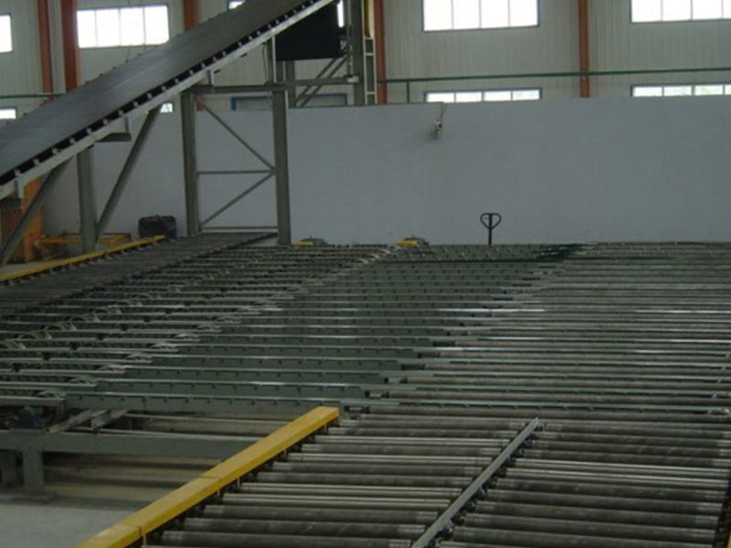 Picture paper faced gypsum board production line