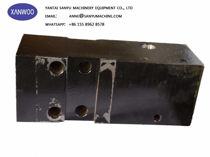hydraulic breaker front head