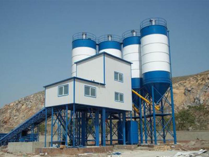The concrete mixing plant manufacturer pays more attention to the quality