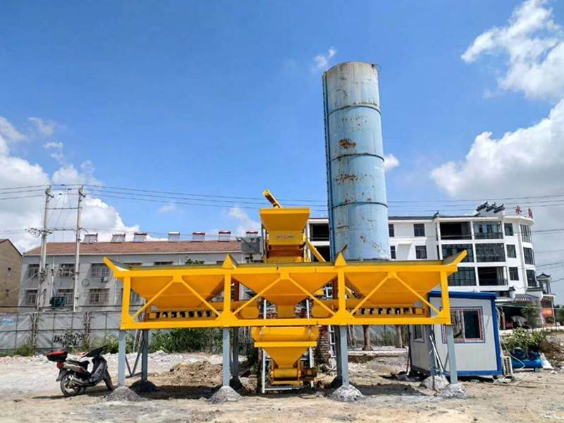 China mobile Concrete batching plant company