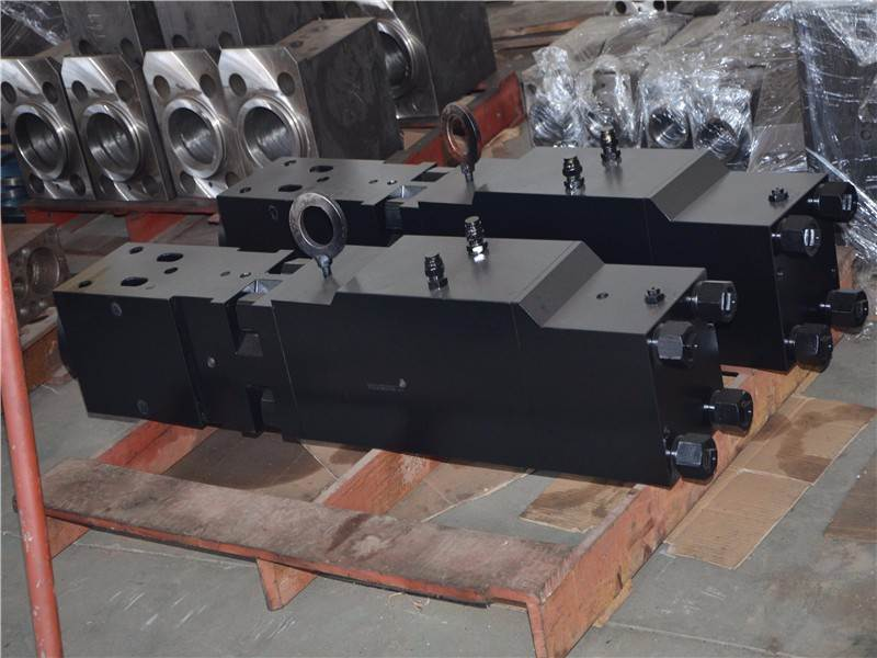 The information of hydraulic breaker SB70 mainbody