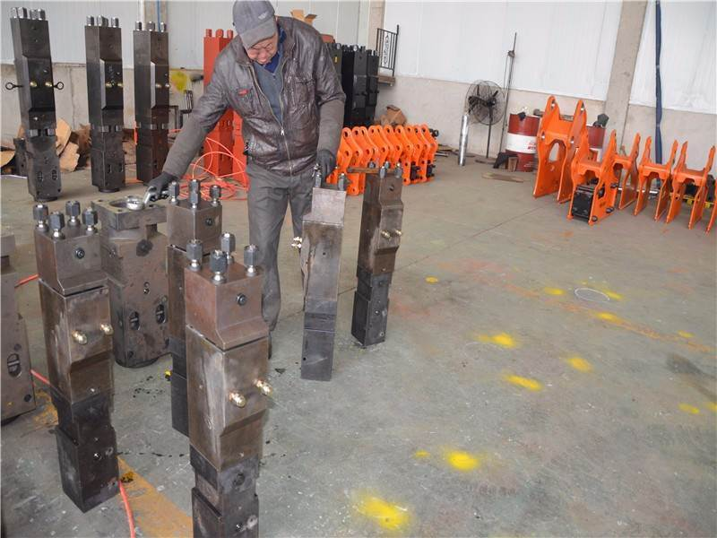 The Information of Hydraulic Breaker SB81 Mainbody
