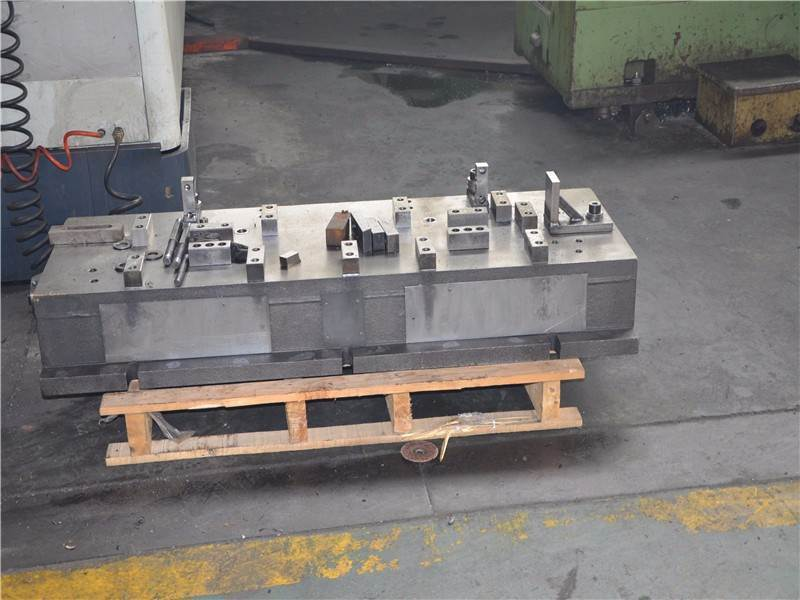 Information of the hydraulic breaker mainbody