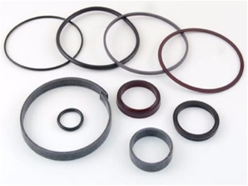 Correct use of hydraulic breaker seals kit