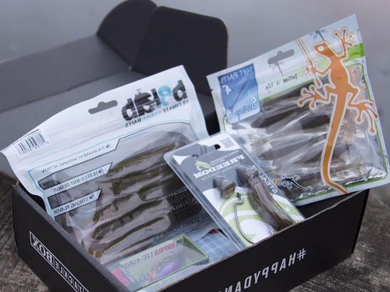 fishing lure retail packaging