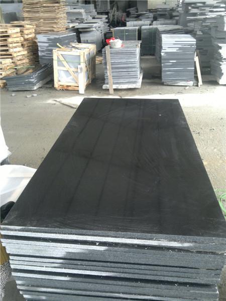 염색 한 검은 색 화강암