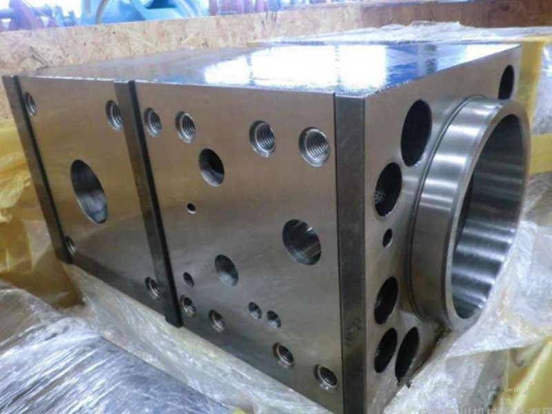 Breaking hammer Cylinder Assy