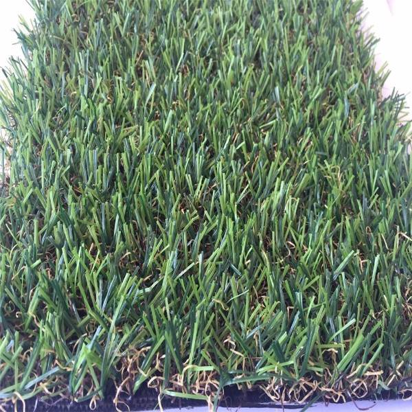 green synthetic turf