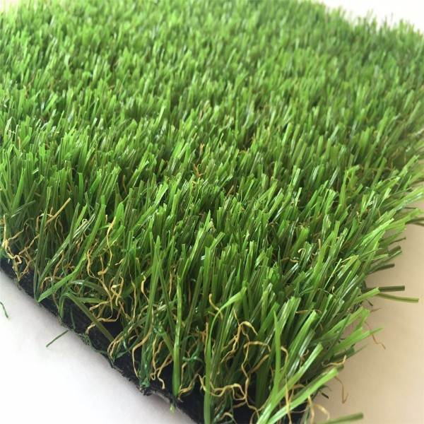 green artificial carpet grass