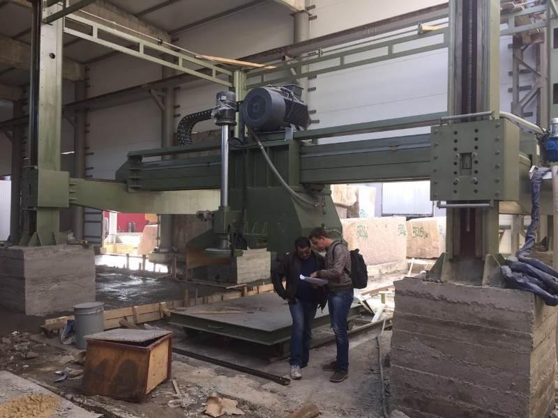 Best multi-blade two-way cutting machine for granite block