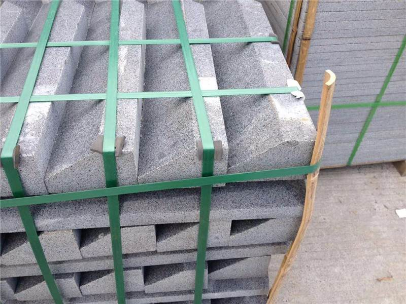Perfect Quality China granite kerb stones in Pakistan
