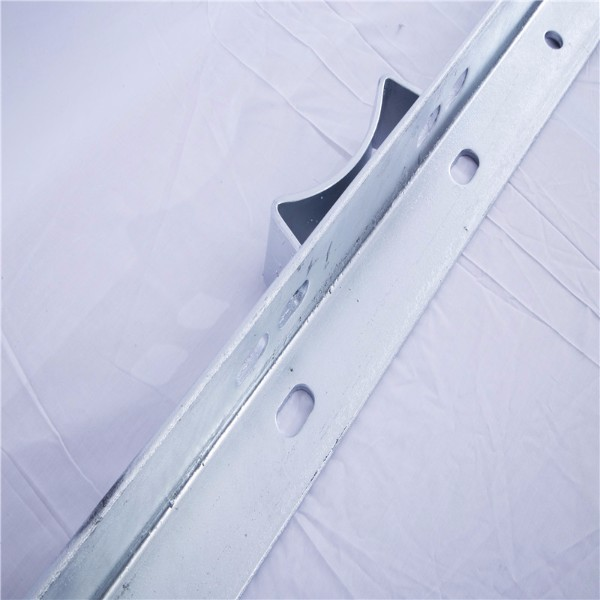 galvanized angle steel Cross Arm
