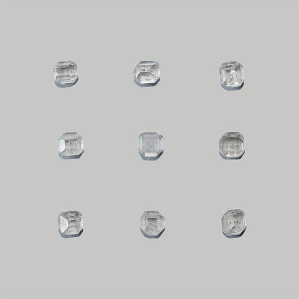 Perfect white synthetic diamond