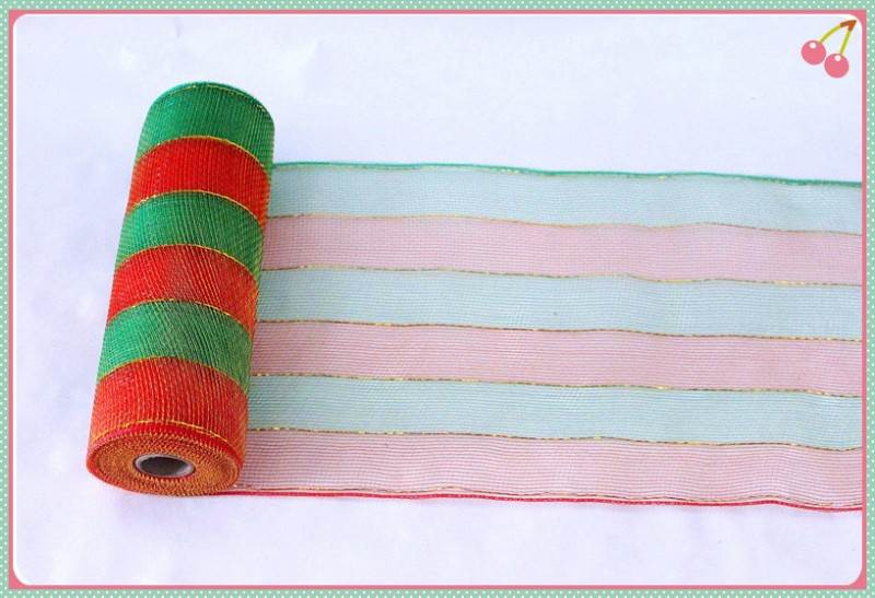 Professional Manufacturer christmas deco mesh rolls supplier